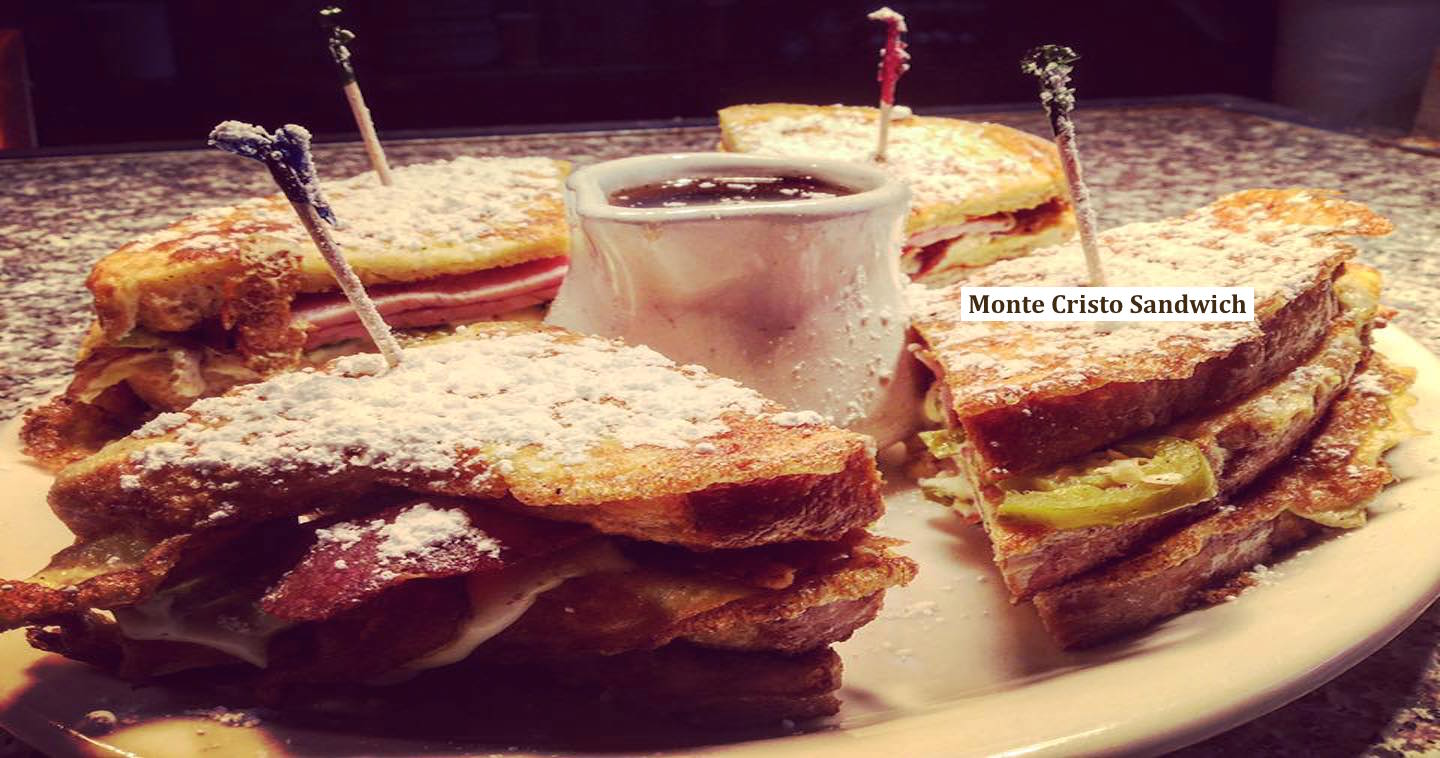 this is a picture of skilletz special monte cristo sandwich